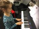 Pianoles 2 - Hoe moet ik mijn vingers plaatsen.jpeg