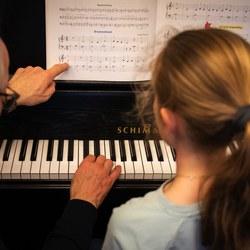 13 LR - Muziekles - © Jeroen van Heijningen-.jpg